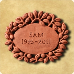 Personalised example of A personalised laurel wreath for any message